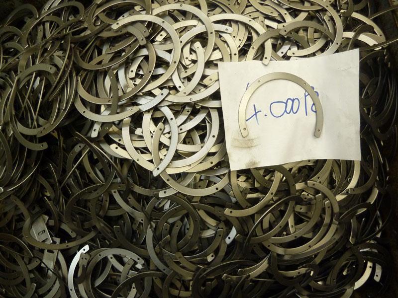 Particolari in metallo metaltecnica sas for Scatolati in acciaio inox